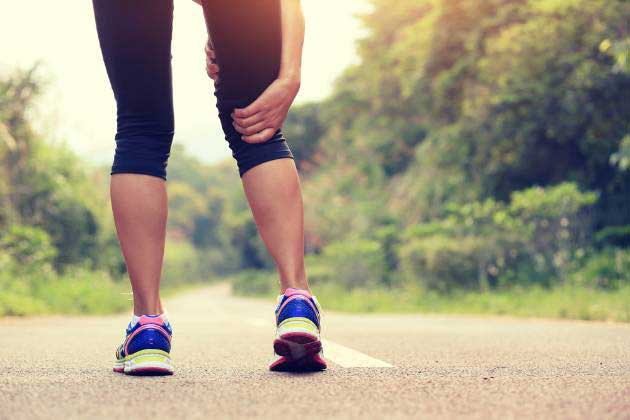 woman with running injury